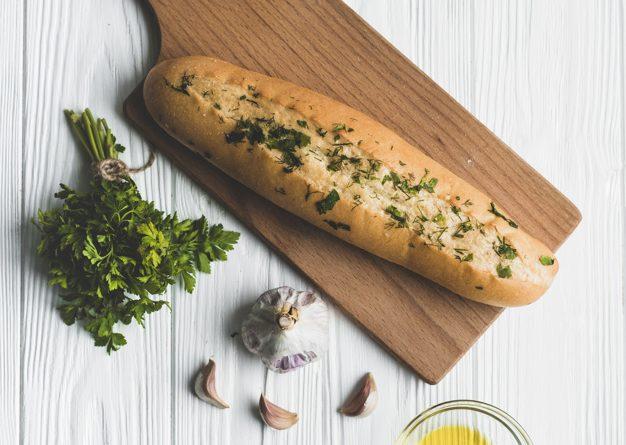 чесново хлебче